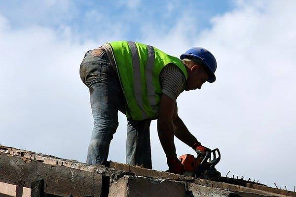 PIP: Pracodawcy oszukują na czasie pracy