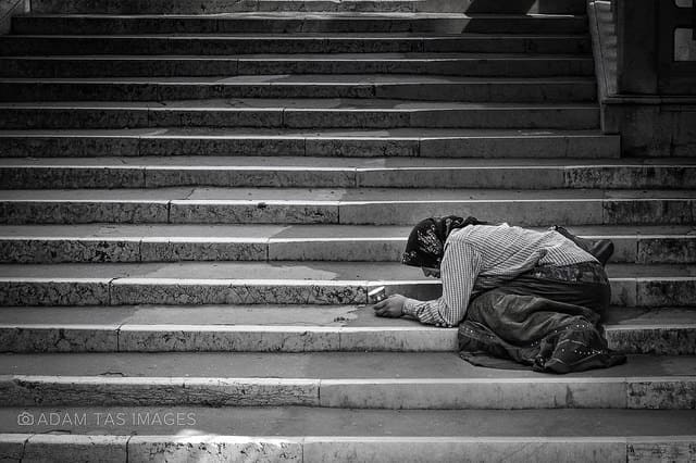 GUS: Prawie 3 mln Polaków i Polek żyje w ubóstwie
