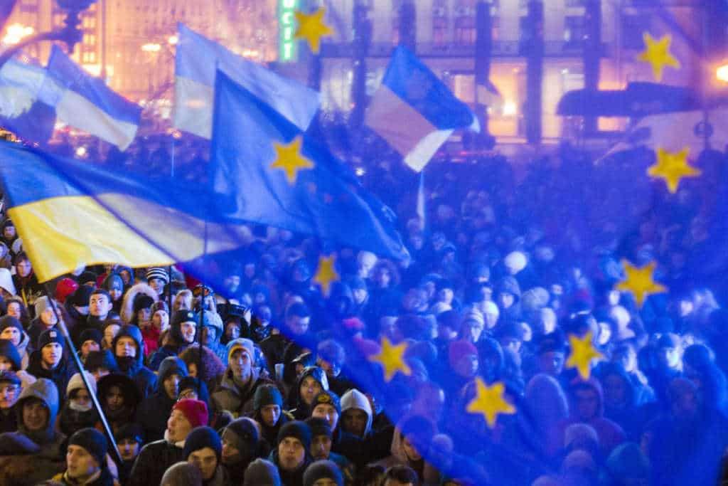 """Ban dla kolejnych dziennikarzy – Poroszenko umacnia """"demokrację"""""""