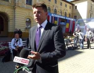 Petru twierdzi, że nie doszło do złamania prawa przy obrocie środkami partyjnymi na okoliczność kampanii wyborczej. / wikimedia commons