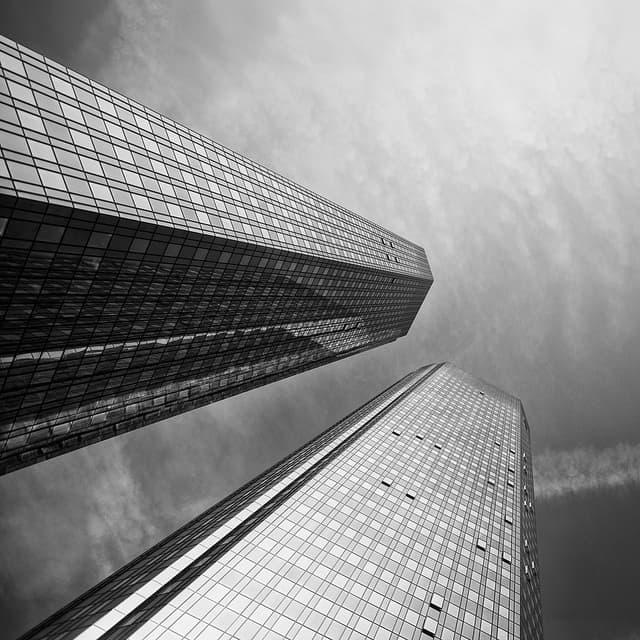 Deutsche Bank zwolni jedną czwartą załogi