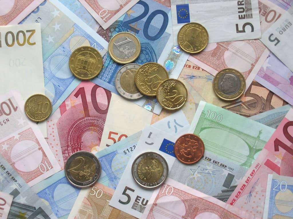 Europejski Bank Centralny: podatek bankowy zahamuje rozwój polskiej gospodarki