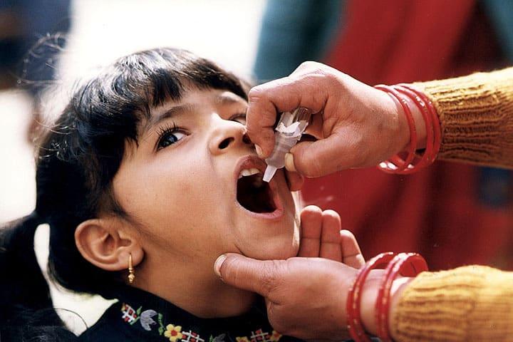 Pakistan: terrorysta-samobójca po stronie antyszczepionkowców