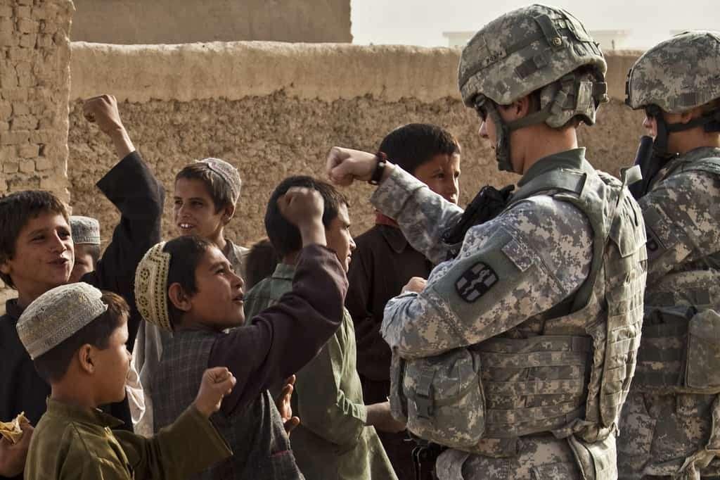 Afganistan: USA opłaca dzieci-żołnierzy
