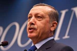 Turcja: kolejna fala represji, 4,4 tys. osób traci pracę
