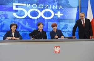PiS rozpaczliwie szuka środków na realizacje programów socjalnych / mpips.gov.pl