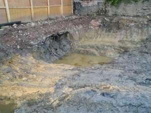 Prawie 500 dzieci zatruło się chemicznymi odpadami, wyrzuconymi nielegalnie przez pobliską fabrykę/ wikimedia commons