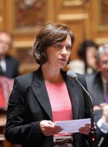 """Francuska minister stwierdziła, że kobiety noszące hidżab są jak """"Murzyni, którzy chcieli być niewolnikami""""/wikimedia commons"""