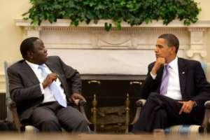 Spotkanie Obamy z Mugabem, pełniącym fukcję przewodniczacego Unii Afrykańskiej, fot. wikimedia commons