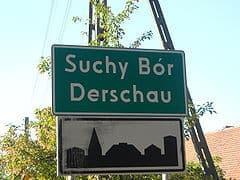 Dwujęzyczna nazwa miejscowości w Derschau (opolskie) / wikipedia commons