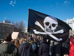 Zwolennicy Piratów na demonstracji w Reykjaviku / facebook.com/Pirates