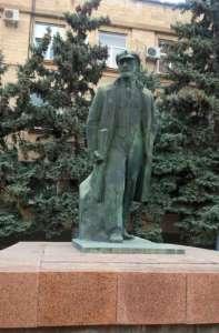 Pomnik Lenina i ulica Lenina w Komracie mają się dobrze / fot. Agatha Rosenberg