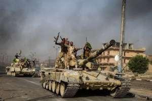 Radość po zajęciu Al-Falludży. Walki o Mosul będą o wiele dłuższe / fot. Wikimedia Commons