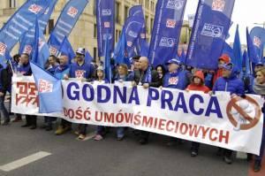 Godna praca - jedno z haseł kampanii OPZZ / opzz.pl