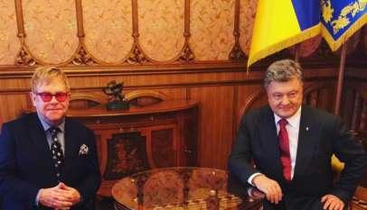 Elton John w trakcie rozmów z prezydentem Ukrainy, P. Poroszenką. Źródło: Instagram.