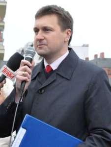 Łukasz Zbonikowski udziela wywiadu katolickiej TV Trwam / wikipedia commons