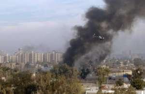 Helikopter Blackwater nad płonącym Bagdadem. To samo szykuje się w Jemenie / fot. Wikimedia Commons