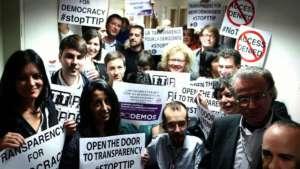 Aktywiści ruchu Stop TTIP / wikipedia commons