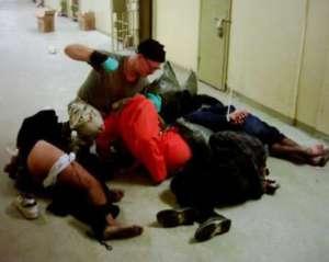 Tortury w Abu Ghraib / fot. siły zbrojne USA