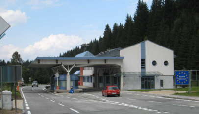 Granica austriacko-słoweńska - jeszcze otwarta / fot. Wikimedia Commons