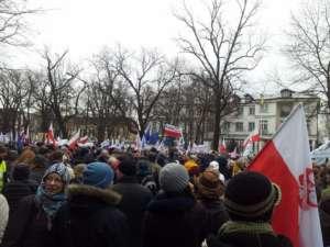 Pierwsza demonstracja KOD w Warszawie /fot. Facebook.com