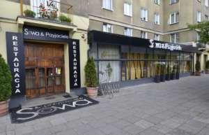 """Restauracja """"Sowa i Przyjaciele"""" w Warszawie / wikipedia commons"""