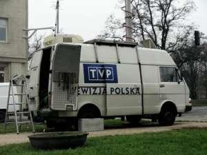 Telewizja gotowa do spakowania, fot. wikimedia commons
