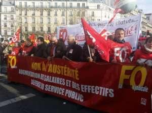 Francuzi masowo wyszli na ulice