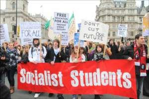 Młodzi Europejczycy coraz częściej uważają, że rozwiązaniem jest socjalizm / socialistparty.org.uk