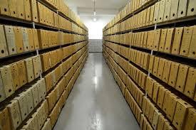 IPN i jego przepastne archiwa, fot. wikimedia commons