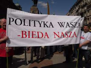 """Demonstracja """"Solidarności"""" przeciwko biedzie"""