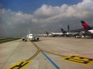 Pas startowy lotniska Orly w Paryżu / wikipedia commons