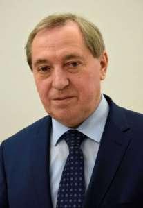 Henryk Kowalczyk - minister, który skapitulował przed handlowymi gigantami / wikipedia commons