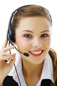 Praca w call center to praca z uśmiechem? Niewątpliwie by znieść niskie płace, stres, chamstwo klientów oraz często nocne godziny pracy trzeba być wybitnym optymistą. fot:https://twitter.com/callprobs