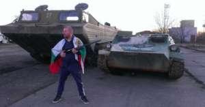 Dinko Wałew ma już swój fanpejdż, a na nim swoich wielbicieli. To prawdziwy Chuck Norris Bałkanów. fot. facebook.com/ Dinko Valev