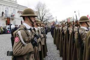 Sprawca jest 38 letni żołnierz elitarnej 21 Brygady Strzelców Podhalańskich, ma za sobą 11 służby i misję w Afganistanie fot https://www.facebook.com/395460887204315/photos/pb.395460887204315.-2207520000.1461446973./897107943706271/?type=3&theater