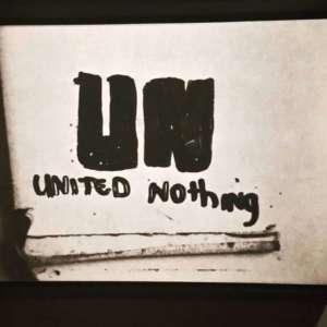 """""""United Nothing"""" - Symbol Srebrenicy, fot WK"""