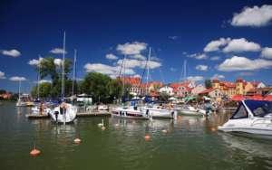 Port w Mikołajkach na Mazurach / wikipedia commons