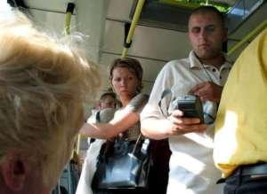 Kontrola biletów w warszawskim autobusie/facebook.com