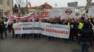 Frankowicze wciąż czekają na zmiany w prawie / facebook.com/bankowebezprawie.slask
