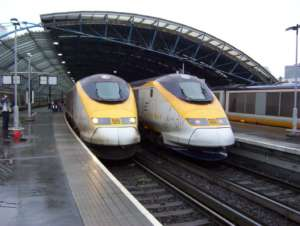 Pociągi Eurostar na stacji w belgijskim Waterloo / wikipedia commons