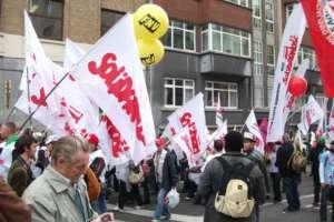 """Związkowcy z """"S"""" na jednym z protestów / wikipedia commons"""