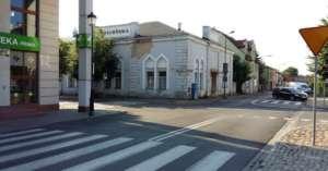 Budynek szkoły talmudycznej w Koninie kilka lat przed wyburzeniem / fot. Piotr Stróż