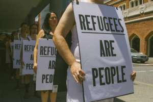 Protest w obronie uchodźców w Perth / fot.flickr/lovemakesway
