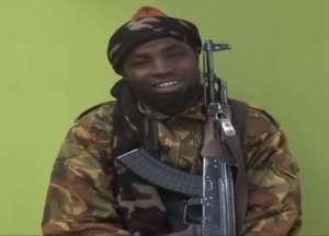 Abubar Shekau, przywódca Boko Haram - wojsko deklaruje, że zginął w nalotach na bazę grupy/youtube.com