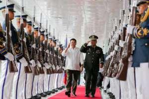 Prezydent Rodrigo Duterte zapowiada, że to koniec wspólnych ćwiczeń amerykańskiej i filipińskiej armii/facebook.com