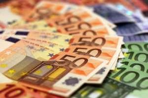 Polska rocznie traci na wyłudzeniach VAT 38 mld zł/pixabay.com