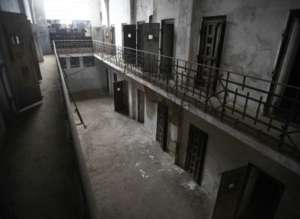 Więzienia są prowadzone przez protureckich bojowników / youtube.com