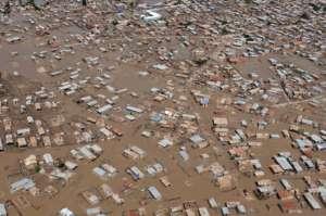 Huragan Matthew zabił na Haiti 1000 osób i zniszczył tysiące domów. Wyspie grozi epidemia cholery/wikimedia commons