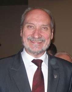 Antoni Macierewicz/wikimedia commons